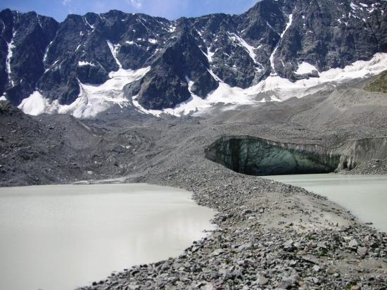 Lacs du glacier d'arsine