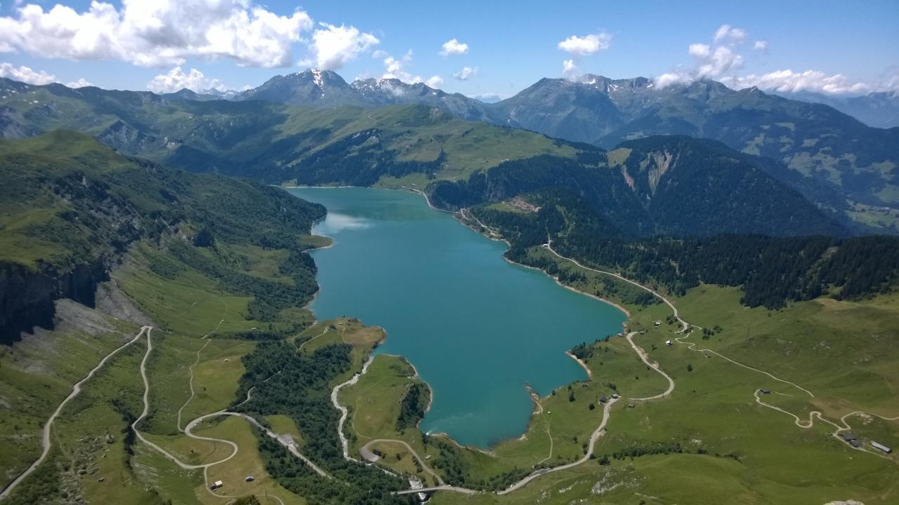 Lac du barrage de Roselend
